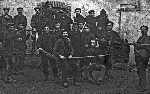 Les-Vignerons1-1910-3